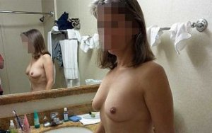 Marie-francine escort in Coburg, BY